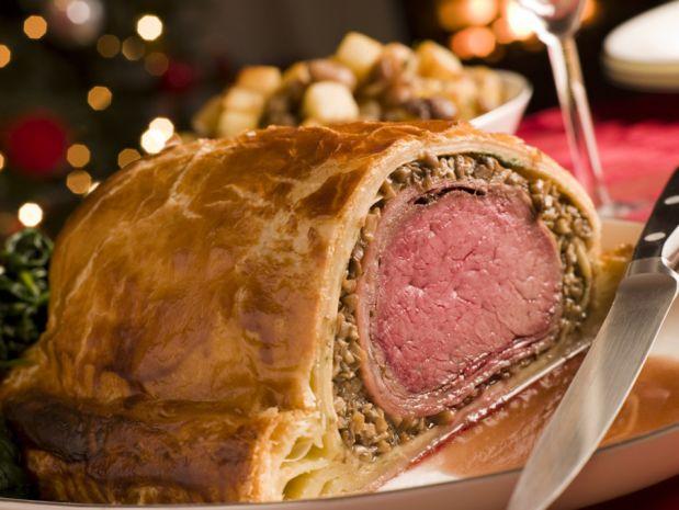Мясо, запечённое в тесте, по-веллингтонски