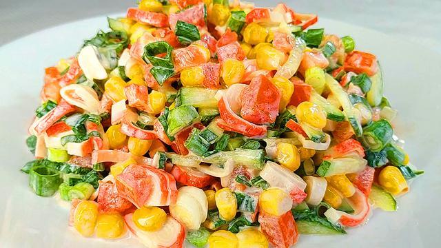 Пять самых легких и простых салатов на новый год