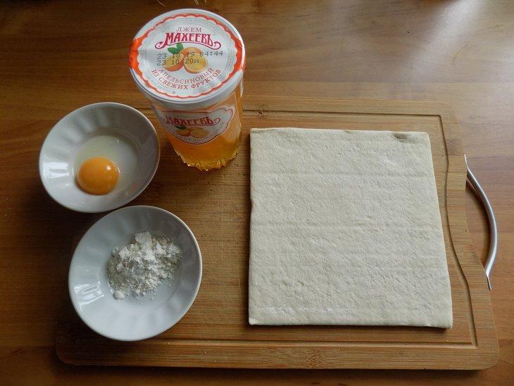 Слойки-пирожки с джемом