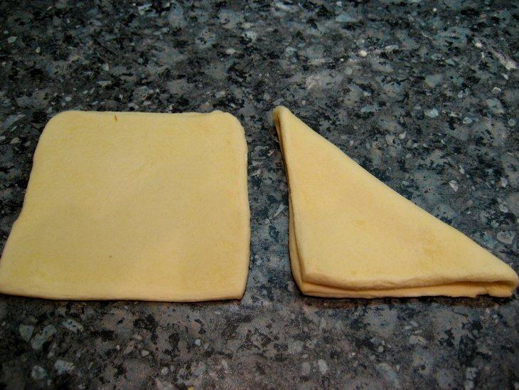 Ложное слоеное тесто и... слойки из него