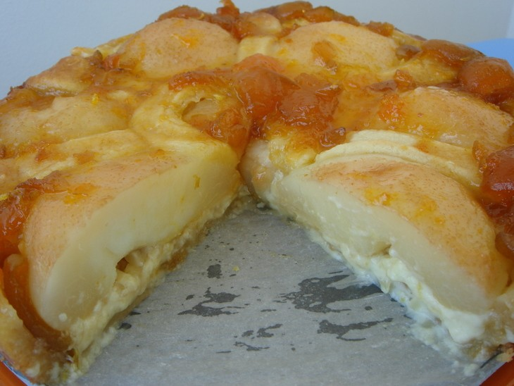 Грушевый пирог с заварным кремом