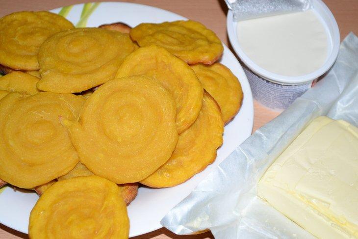 Тыквенное печенье со сливочной начинкой