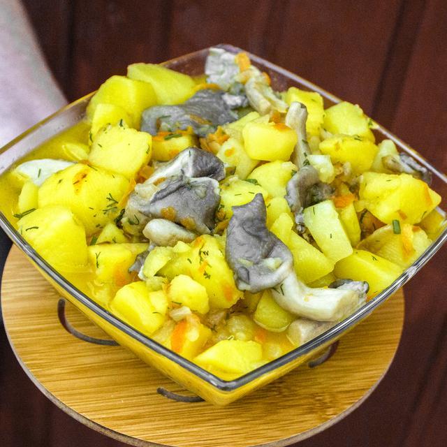 Рецепт идеальной тушенной картошки с грибами