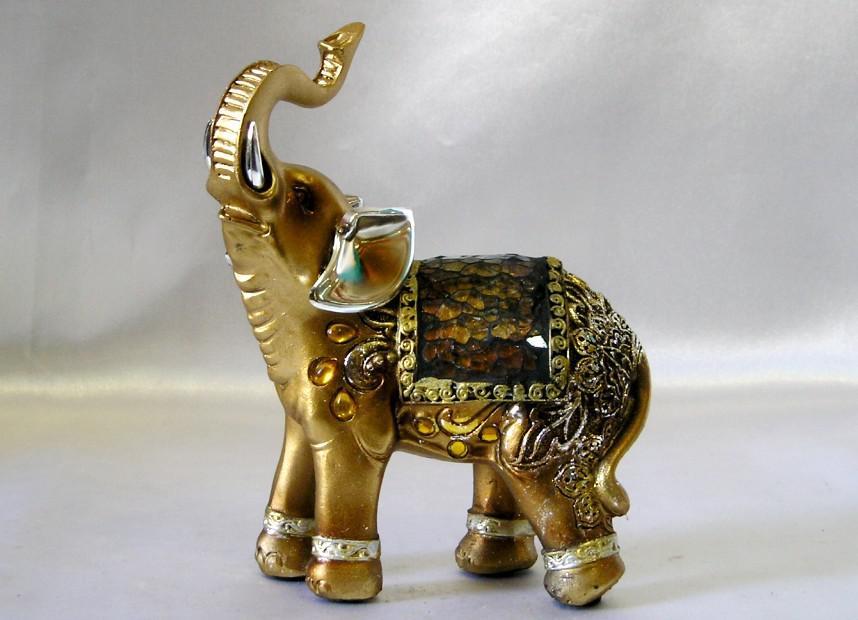 Этот слоник тем, кому сейчас крайне необходима удача