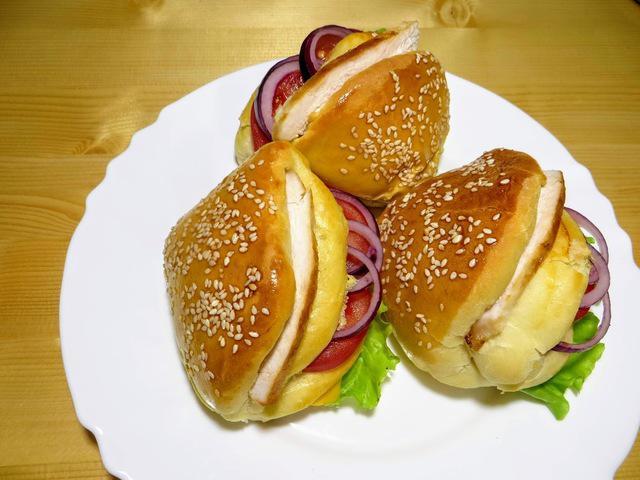 Булочки бутерброды