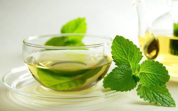 Природные напитки, помогающие очиститься и похудеть