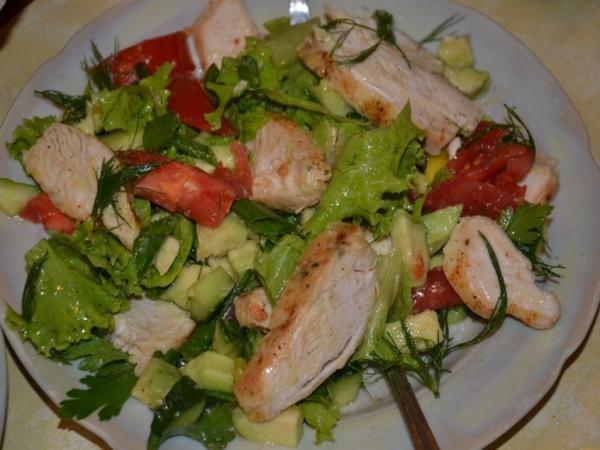 5 вариантов лёгких и вкусных салатов для правильного питания
