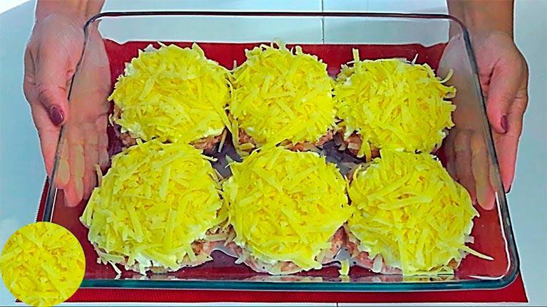 Простенький рецепт из фарша с картофелем и сыром на ужин