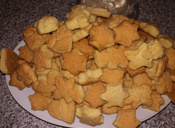 Как сделать песочные домашние печеньки с майонезом