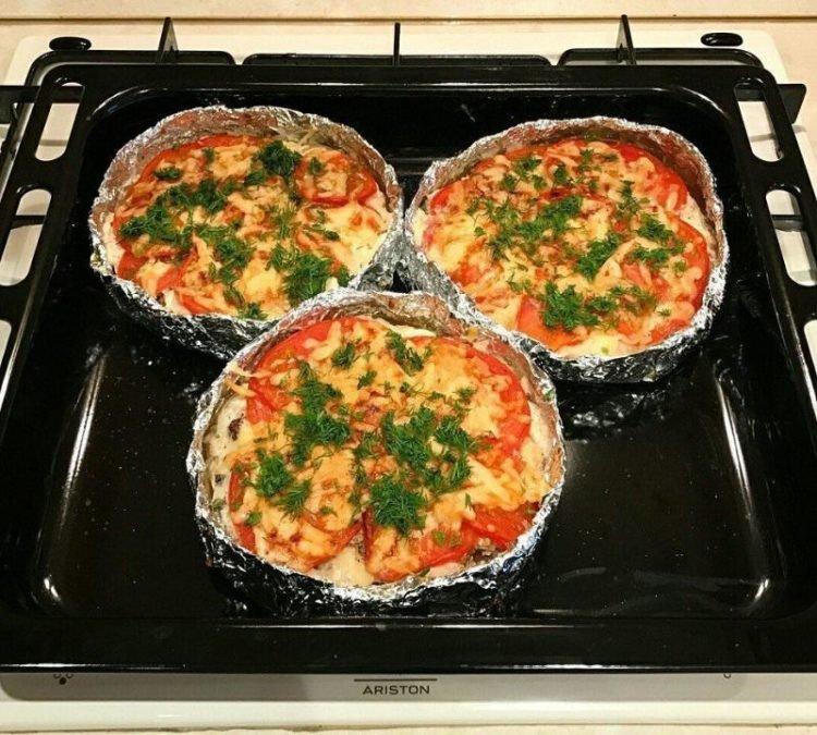Запекаем куриное филе с картофелем, сыром и помидорками. ВАУ ужин