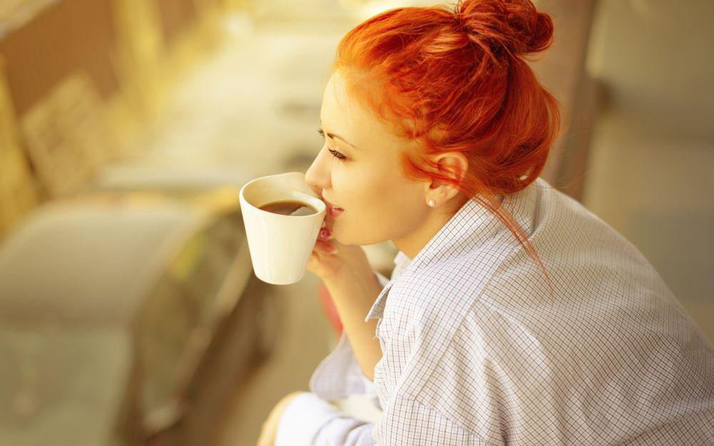 Вредно или полезно пить кофе на пустой желудок и почему?