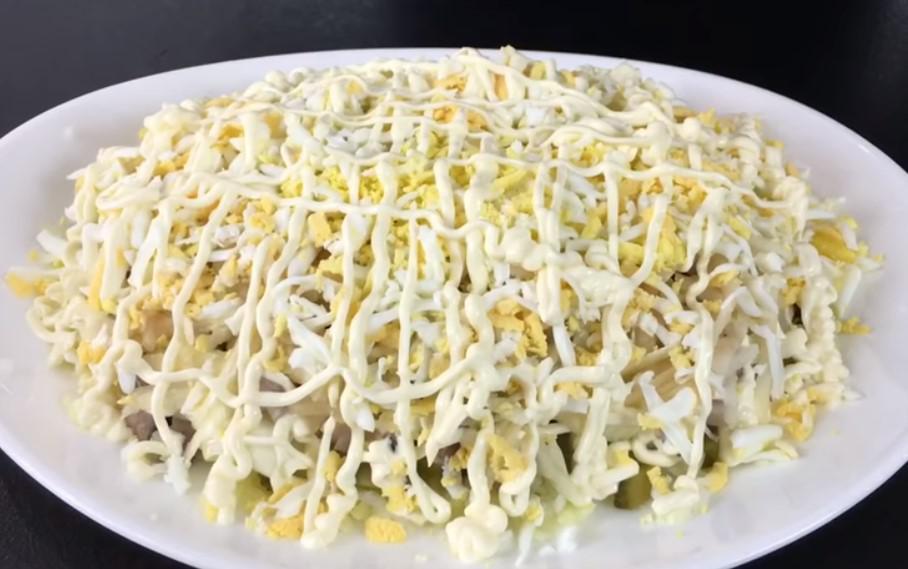Замените надоевшую шубу этим салатом и вы не прогадаете
