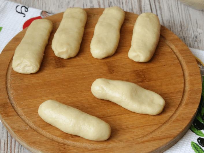 Через пол часа готовки эти кефирные пальчики украсят ваш стол