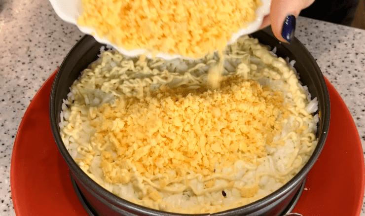 Невероятно яркий и вкусный салатик, который вы ещё не готовили