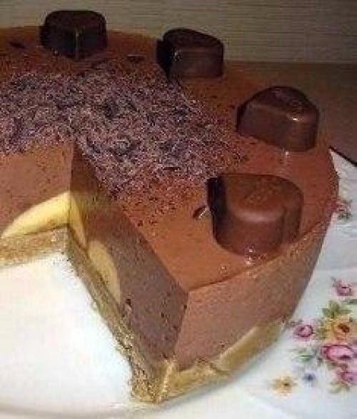Нежный шоколадный тортик с бананом без запекания