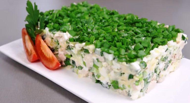 Минимум продуктов и времени - нежнейший оригинальный салатик готов!